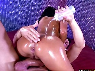 Oiled babe August Taylor and the best ramming session of her life