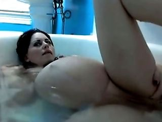 My kinky and horny pregnant GF bathing in a tub
