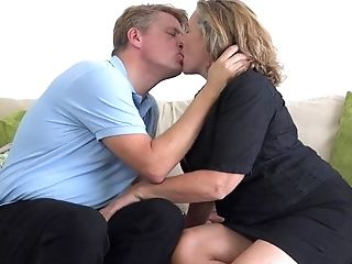 Big breasted mom Camilla fucks sugar daddy