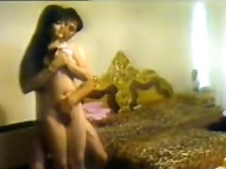 Arabic Girl With Boyfriend - Naked Show And Fingering
