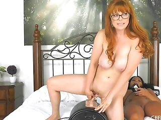 Morgan Lee wants to play with Penny Pax's amazing body