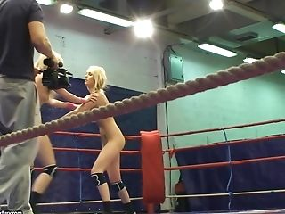Lesbian fighters Antonya and Sophie Moone lose their shorts