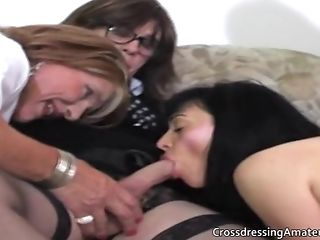 Old transvestites with two  females blowjob party