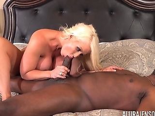 Black guy agrees to fuck blonde Alura Jenson until he cums