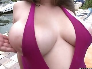 Alex Chance invites you to see her big boobs