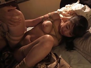Hogtied Japanese honey Saki Hatsumi having her pussy penetrated