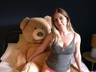 Sophie uses her big cuddly bear to masturbate and her juicy ass is big