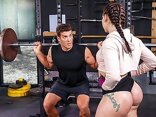 Brazzers – Girls Who Squat
