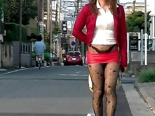 jap pantyhose flasher